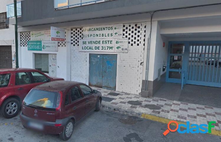 OPORTUNIDAD DE BANCO - LOCAL COMERCIAL 318 M2 EN CALLE