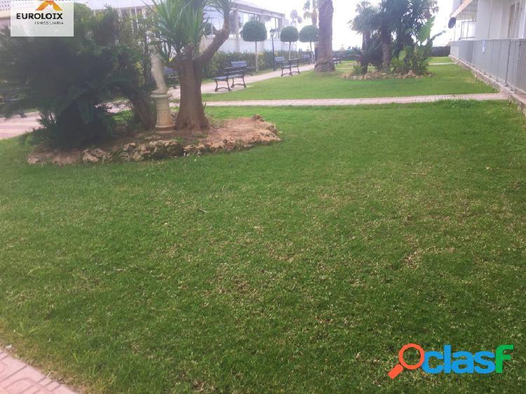 Piso con 3 dormitorios en 1ª Linea de playa de Levante
