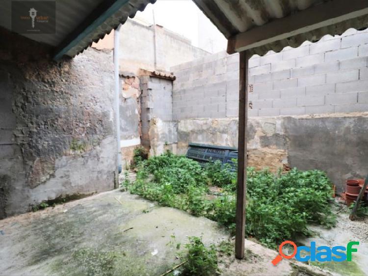 Planta baja con patio de 20 m2