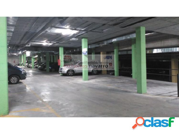 Plaza de aparcamiento en venta al final de la Carretera de