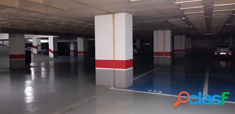 Plaza de parking en el centro de Torrevieja