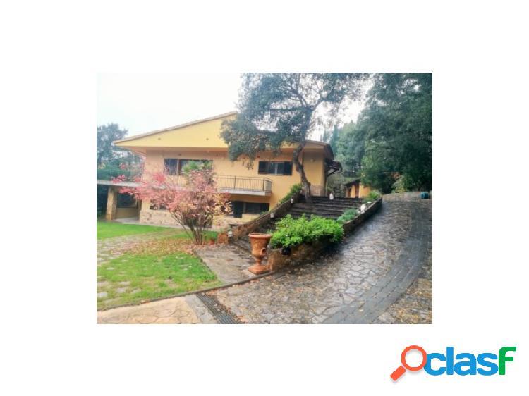 Preciosa casa con pìscina en Llagostera
