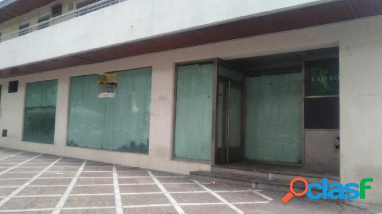 Precioso local en calle Porvera esquina calle San Juan de