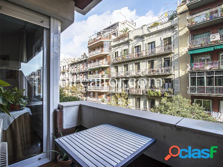 Precioso piso en venta en el Eixample Izquierdo, Barcelona.