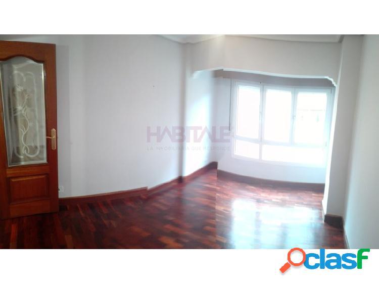 Precioso piso en venta en el casco de Sestao, reformado, 3