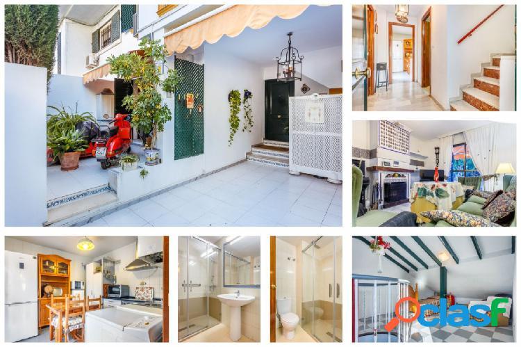 Se vende casa adosada en el Carambolo, Camas (Sevilla).