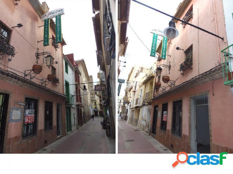 Se vende casa en pleno casco histórico de Castellón, calle