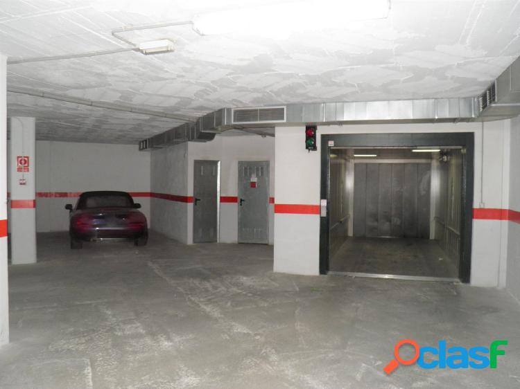 Se vende plaza de garaje y trastero