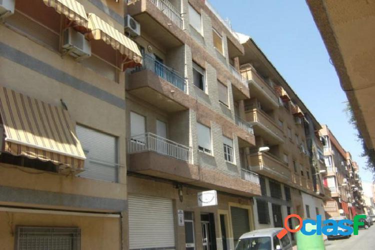 Sin comisiones, magnifica vivienda en Alcantarrilla.