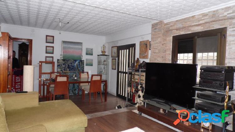 Torrent, venta de piso en calle Sant Ernest