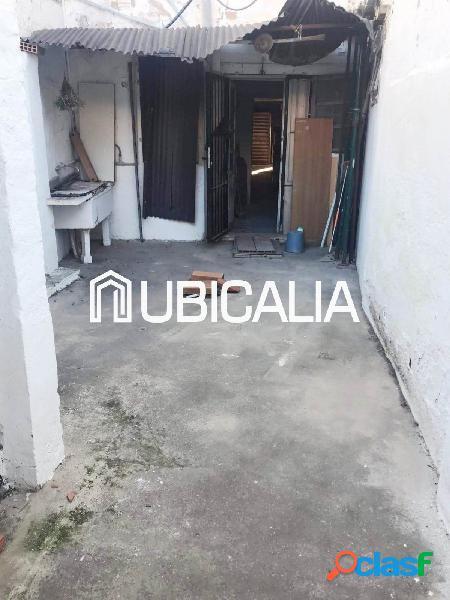 UBICALIA VENDE CASA EN PLANTA BAJA DE 138 m2 CON TERRAZA DE