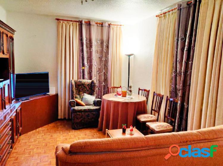 Urbis te ofrece un estupendo piso en alquiler en zona San
