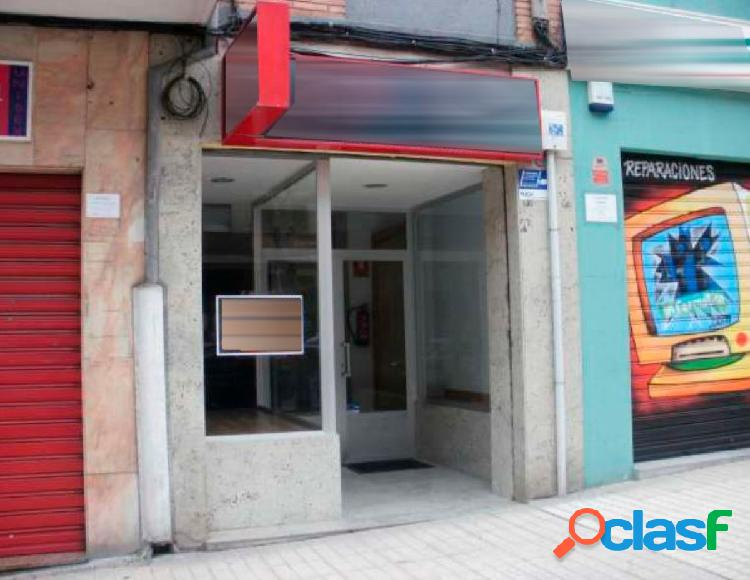 Urbis te ofrece un local comercial en venta o alquiler en