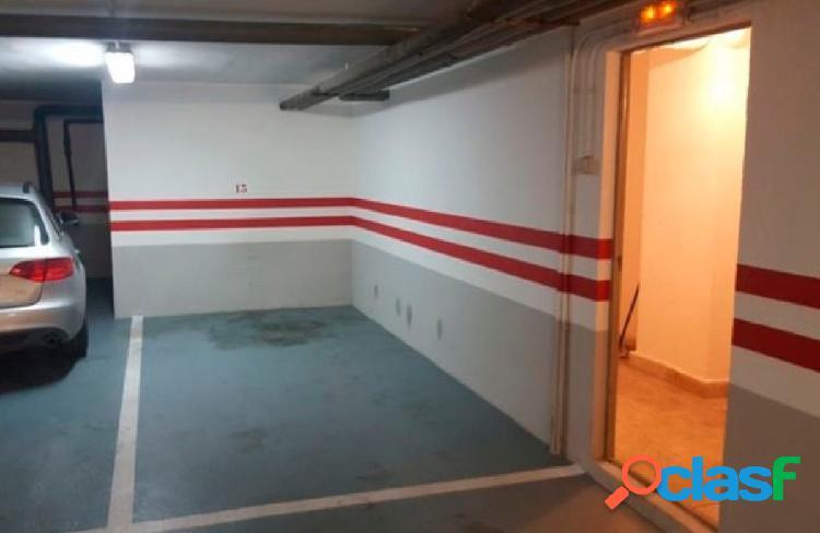 Urbis te ofrece una céntrica plaza de garaje en Salamanca.