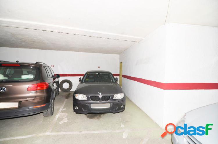 Urbis te ofrece una estupenda plaza de garaje con trastero