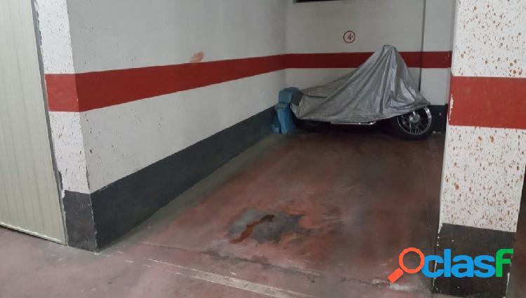 Urbis te ofrece una plaza de garaje en zona Prosperidad,