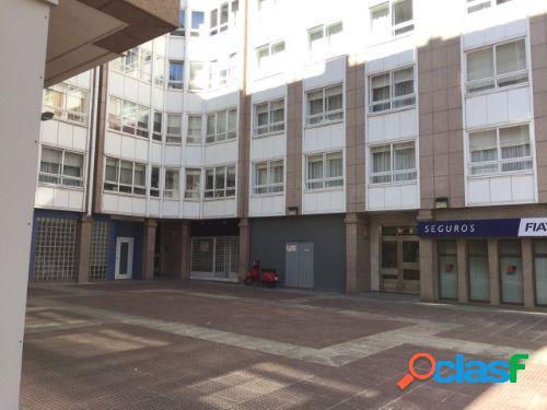 Venta de local en A Coruña, calle Pérez Cepeda