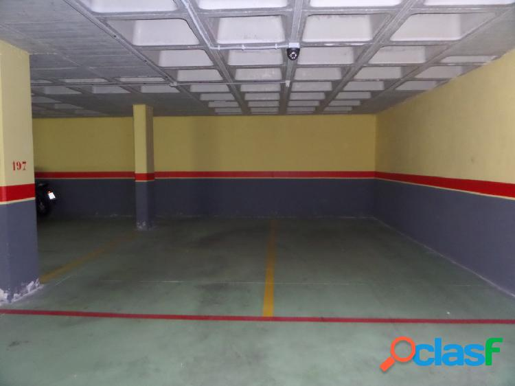 Venta de lote de 4 plaza de garaje y 4 trasteros en Ronda