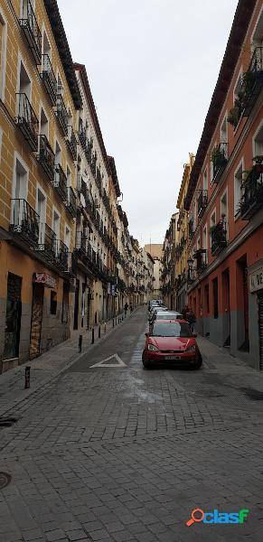 Vivienda en pleno centro de Madrid, junto a la plaza de