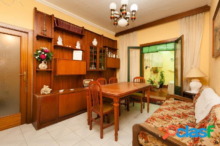 Piso de 3 habitaciones y un gran patio de 30 m².