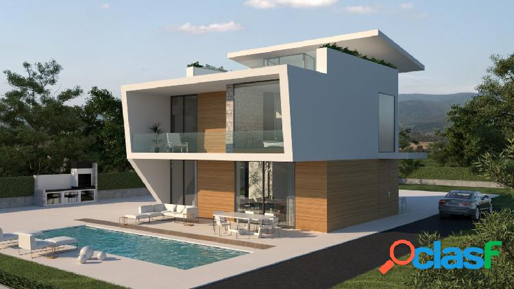 Villa de 4 dormitorios con piscina privada en Dehesa