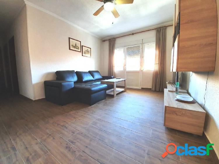 Apartamento de 3 dormitorios en el centro de Torrevieja.