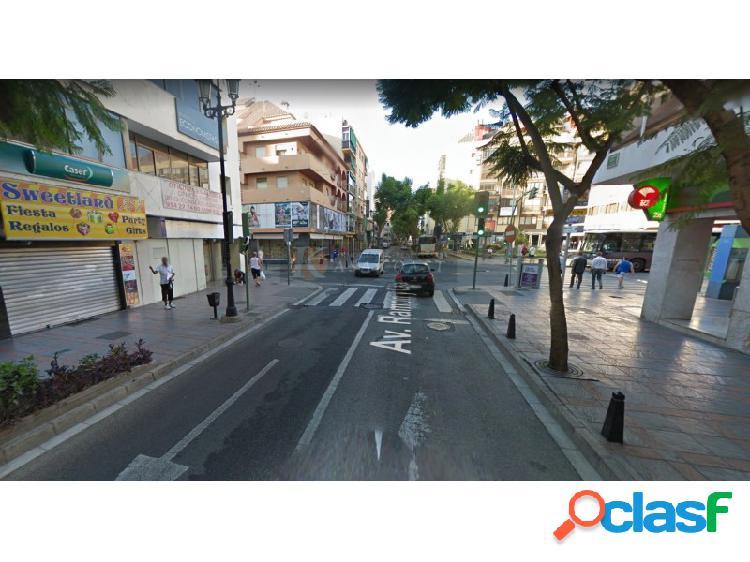 Local comercial en venta en el centro de Fuengirola.
