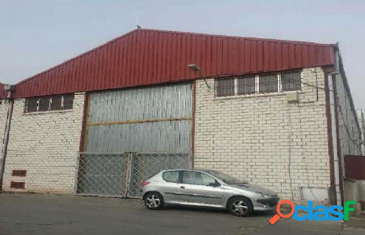 Nave en venta en calle Buzanca 6, Polígono de Valmor, 28343