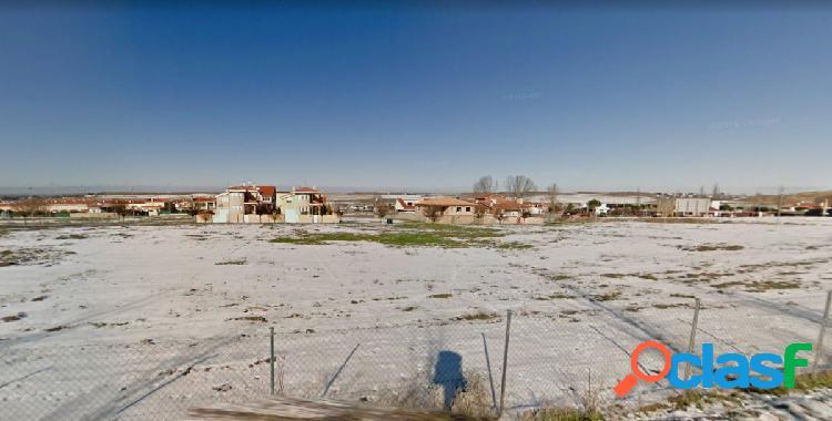 Urbis te ofrece un a parcela en venta en Villamayor,