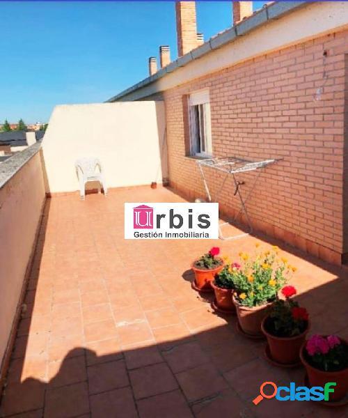 Urbis te ofrece un estupendo piso en alquiler en Santa Marta