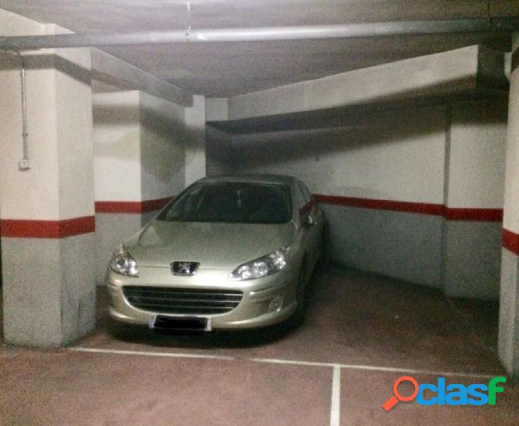 Urbis te ofrece una céntrica plaza de garaje en zona
