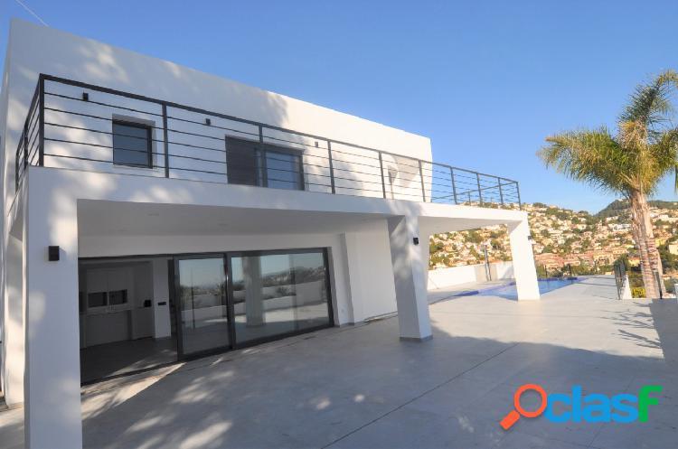 Villa de nueva construcción con vistas al mar Buenavista