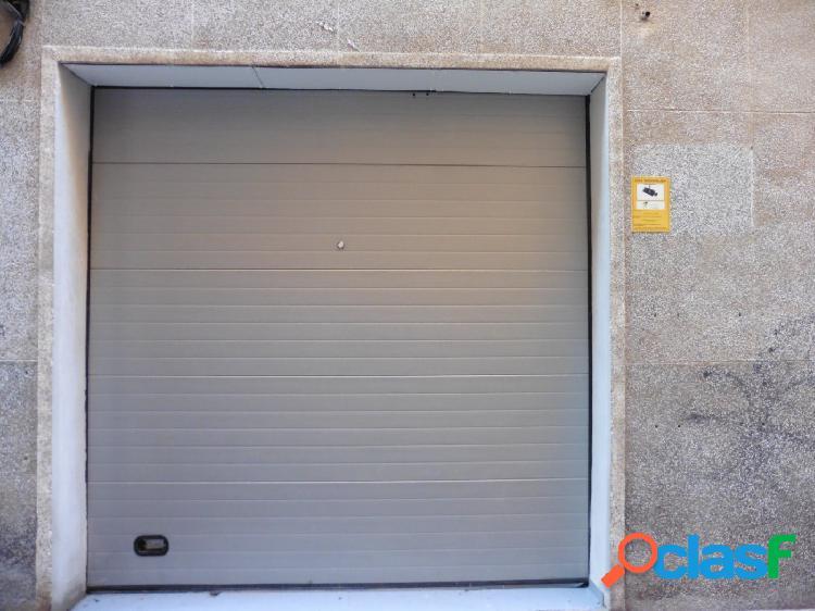 Exclusivo garaje para motocicleta en el Barrio del Carmen
