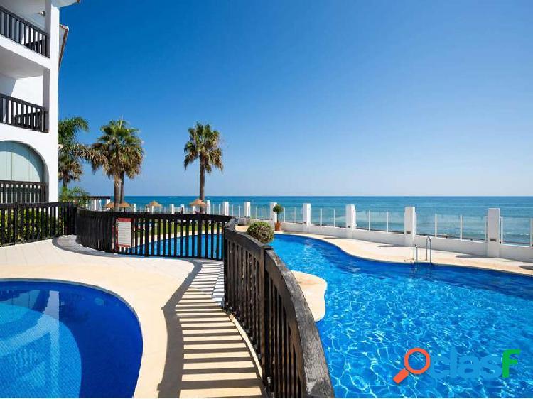 Precioso apartamento en primera linea de playa de Calahonda