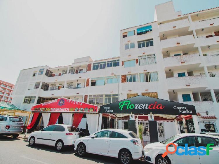 Restaurante totalmente montado y equipado en Roquetas de Mar