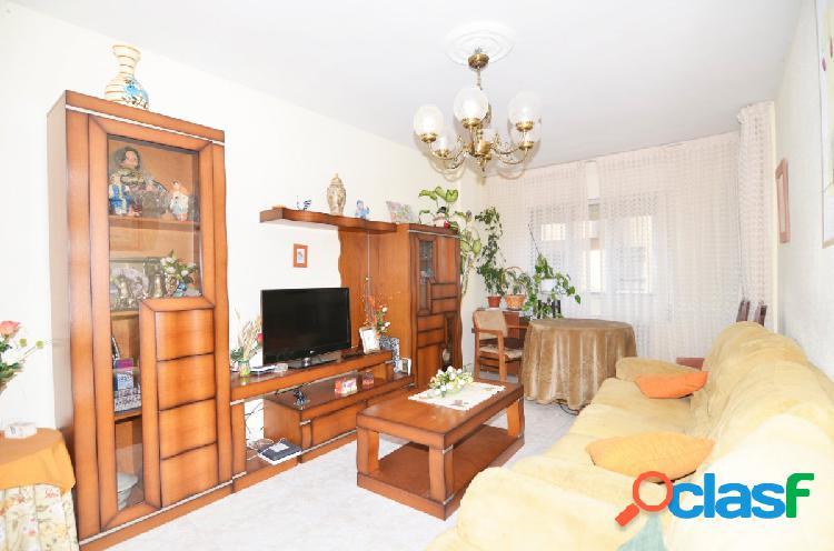 Urbis te ofrece un interesante piso en venta en zona