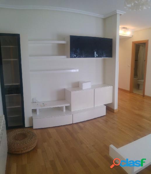 Apartamento en muy buen estado con garaje y trastero