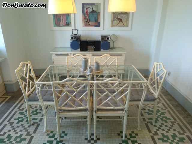 Lote 6 sillas vintage lacadas en blanco