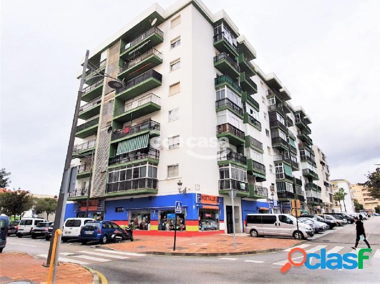 Amplio y Luminoso piso de 127 m2 en C/ Lazaga - Estepona