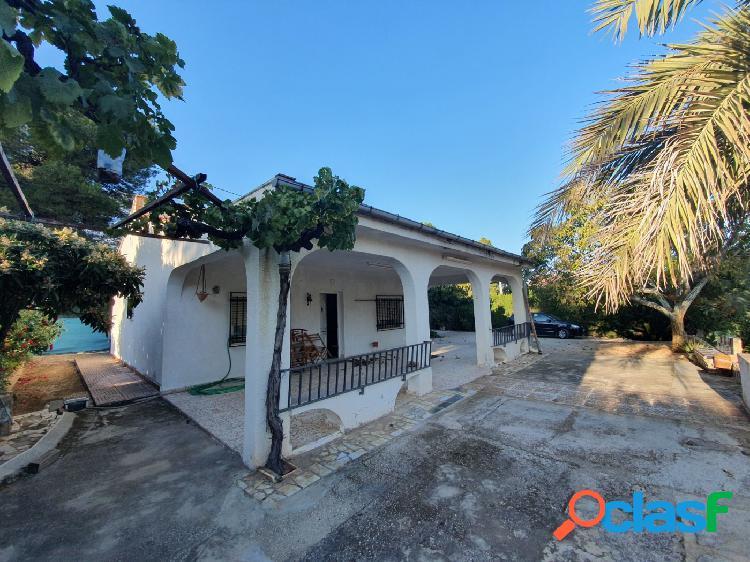 Casa de campo a la venta en Ontinyent.