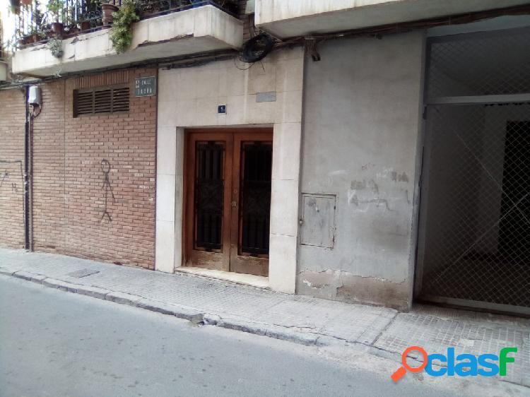 Garaje en Barrio Universitario