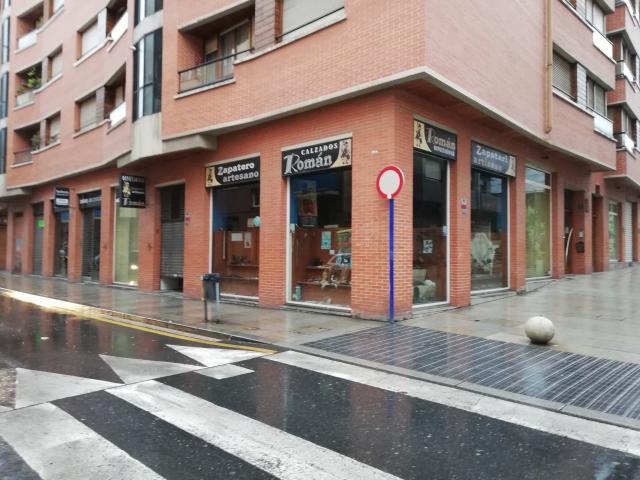 se vende local comercial de 150 m2