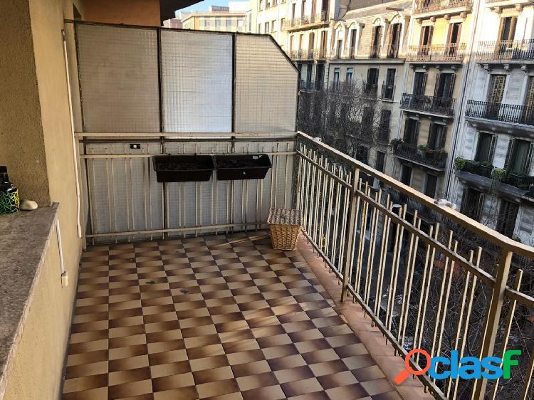 Fantástico piso 100m2 - EIxample Derecho (4 habitaciones)