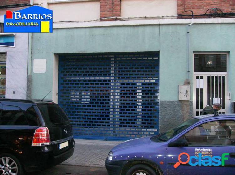 Local en venta o alquiler en Calle Argentina - Los Bloques -