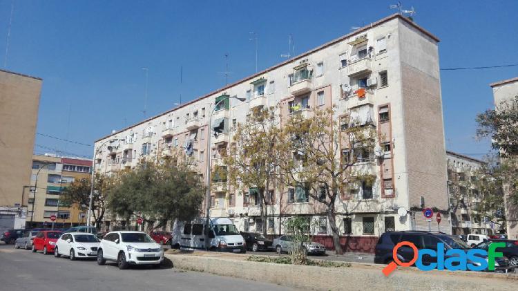 Se vende piso en Calle Antella de Valencia