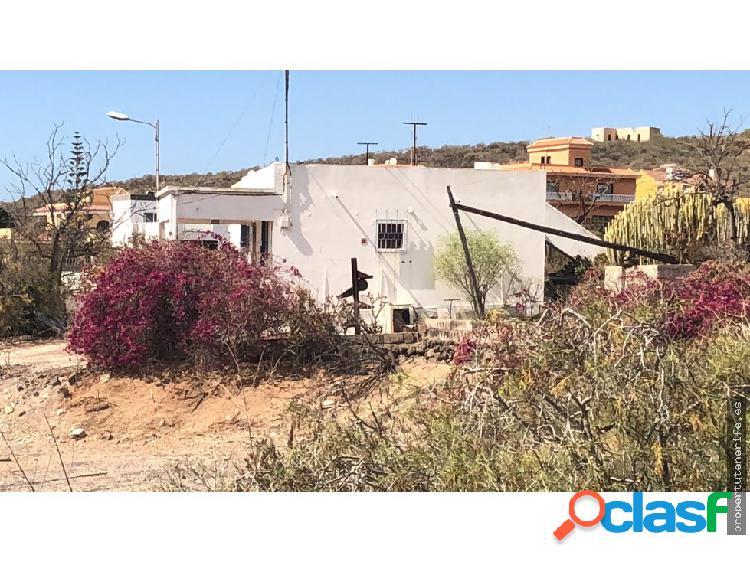 Se vende terreno Rustico en la camella