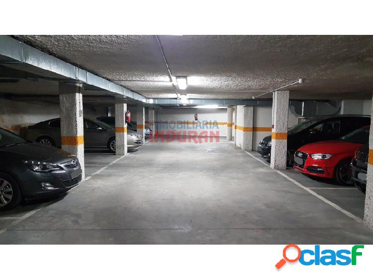 4 plazas de garaje (desde 8.000 euros) en un edificio