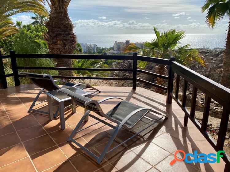 Hermoso y espacioso apartamento con gran terraza y vistas al