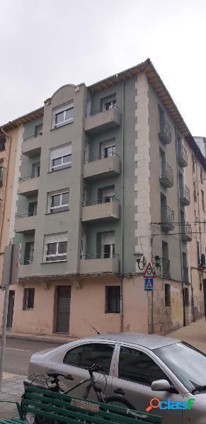 Local comercial en Burgos zona SUR, 58 m2