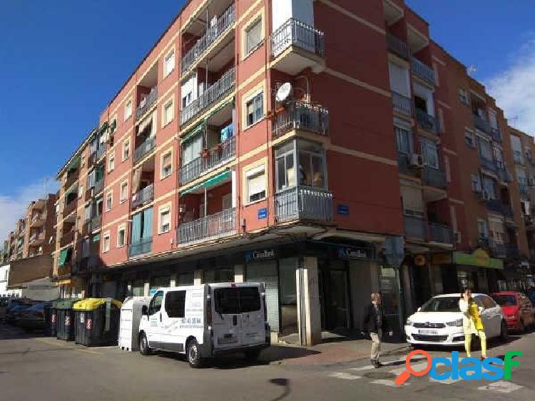 Local comercial en venta en calle Zaragoza esquina calle